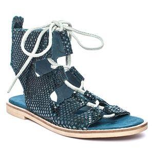 Matisse Blue Shells Suede Sandal size 7